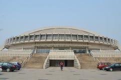 Die Turnhalle von Tsinghua-Universität. stockbild