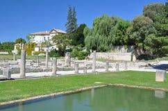 Die umfangreichen römischen Ruinen an der Vaison-La-Sommerendivie, Provence, Frankreich Stockfotografie