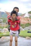 Die unschuldigen Tibetant-Kinder Stockfotos