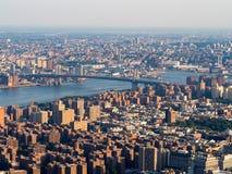Die untere Ostseite und die Williamsburg-Brücke in New York Lizenzfreie Stockfotos