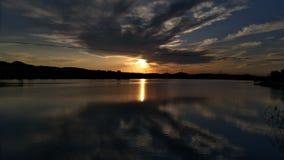 Die untergehende Sonne ist unendlich gut Lizenzfreie Stockfotografie
