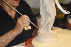 Die Verarbeitung für die Fertigung des Porzellans meissen Stockbild