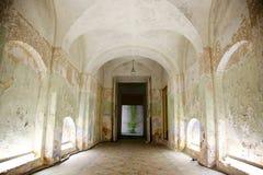 Die verlassene Halle Stockbild