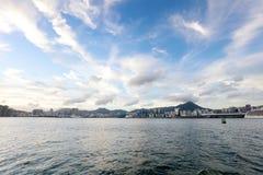 die Victoria Harbor-Ansicht an der Fähre HK Stockbilder