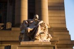 Die vier Kontinente durch Daniel Chester, mit Schatten des Lichtes, Alexander Hamilton U S Zollamt, Bowling Green, New York stockbild