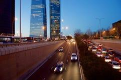 Die vier Türme bei Sonnenuntergang in Madrid, Spanien lizenzfreie stockbilder