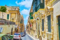 Die Villen von Erzbischofstraße in Valletta, Malta lizenzfreie stockfotografie