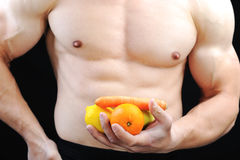 Die vollkommene männliche Karosserie - ehrfürchtiger Bodybuilder Stockbilder