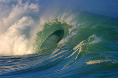 Die vollkommene Welle lizenzfreies stockfoto