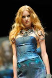 Die vorbildliche Präsentation entwirft von Swarovski mit dem Thema Königreich von Juwelen bei Audi Fashion Festival 2012 Stockbilder