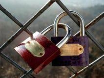 Die Vorhängeschlösser des Versprechungs-Geliebten Lizenzfreie Stockfotos