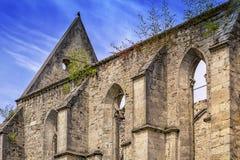Die Wände der ehemaligen gotischen Kathedrale Stockfotografie