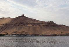 Die Wüste in Luxor, Ägypten bei Sonnenuntergang Stockbilder