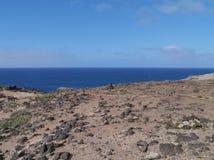 Die Wüste und der Atlantik auf Fuerteventura Lizenzfreie Stockfotos