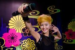 Die Wachsfigur von Stefanie Sun in Madame Tussauds Singapore lizenzfreies stockfoto