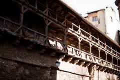 Die Wand mit Balkonen Lizenzfreie Stockbilder