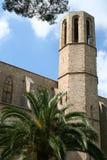 Die Wand u. der Kontrollturm der Pedralbes Abtei. Lizenzfreies Stockbild