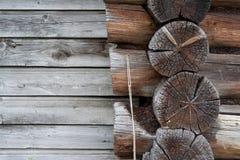 Die Wand und der Holzrahmen Stockfoto
