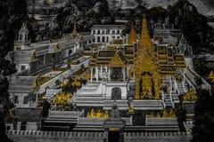 Die Wandmalereien Ramakien Ramayana entlang den Galerien des Tempels Emerald Buddhas, des gro?artigen Palastes oder des wat phra  stockfotografie