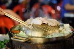 Die Wanne für thailändischen Art BBQ lizenzfreies stockbild