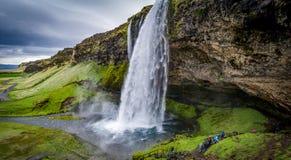 Die Wasserfälle des Landes des Eises und des Feuers!! Stockfotos