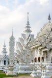 Die weiße Kirche In Wat Rong Khun Lizenzfreies Stockfoto