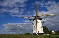 Die weiße Mühle Lizenzfreie Stockbilder