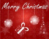 Die Weihnachtsbälle, die vom Schnee gemacht werden, blättert auf rotem Hintergrund ab lizenzfreie abbildung