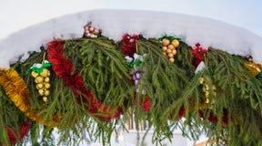 Die Weihnachtsgirlande Stockbilder
