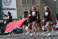 Die Weihnachtsmann-Parade 2008 Stockbild