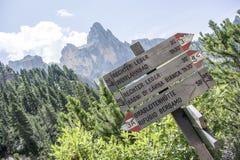 Die Weise, in die Berge zu gehen Stockbild