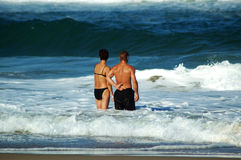 Die Welle zusammen gegenüberstellen Stockfoto