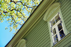 Die Welt des Fensters im Frühjahr Stockfoto