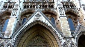 Die Westminster- Abbeykirche in London Großbritannien stock video footage