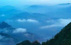 Die Wolke und der Nebel von Sanqingshan mountai Stockfotografie