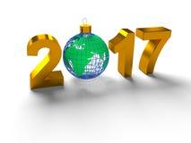 Die Zahlen im Jahre 2017, mit dem Bild des Bodens mögen ein Spielzeug für Weihnachtsbaum, in der Form die Planet Erde, auf Weiß Lizenzfreie Stockfotos