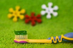Die Zahnbürste der Kinder Lizenzfreies Stockbild