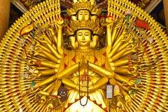 Die Zehntausend übergibt Buddha-Statue Lizenzfreie Stockfotos