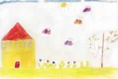 Die Zeichnung der Kinder mit Hausschmetterlingen und -blumen Stockfotografie