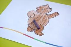 Die Zeichnung des Kindes auf weißem Hintergrund Lizenzfreie Stockfotos