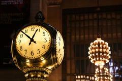 Die Zeit bei Grand Central Lizenzfreies Stockfoto