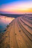 Die Zeit des Strandes in der Dämmerung Stockfoto