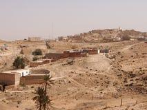 Die zerstörten Wohnungen von Berbers stockbild