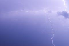 Die Zweige des Blitzes Lizenzfreie Stockbilder