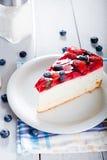 Dieet licht dessert met verse vruchten en gelei Stock Afbeeldingen