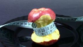 Dieet met appel stock video
