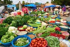 Dien Bien Phu, Vietnam - 25. April 2019: Markt in Dien Bien Phu North Vietnam stockfoto