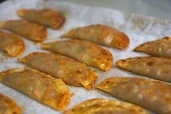 Dienblad van eigengemaakte gebakjes van Spanje stock foto
