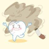 Diente lejos de fumar Foto de archivo