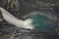 Diep binnen van Trà ¼ mmelbach Fälle (waterval) Stock Foto's